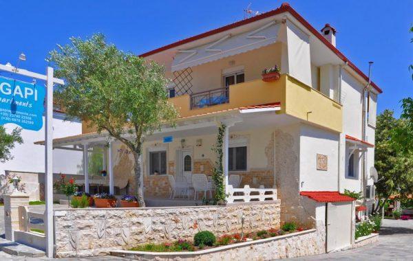 Апартаменти в Греції